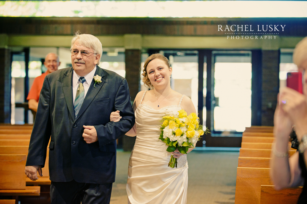 St. Jude's Church Weddings in Erie, PA // Rachel Lusky Photography // Erie, PA Wedding Photographer